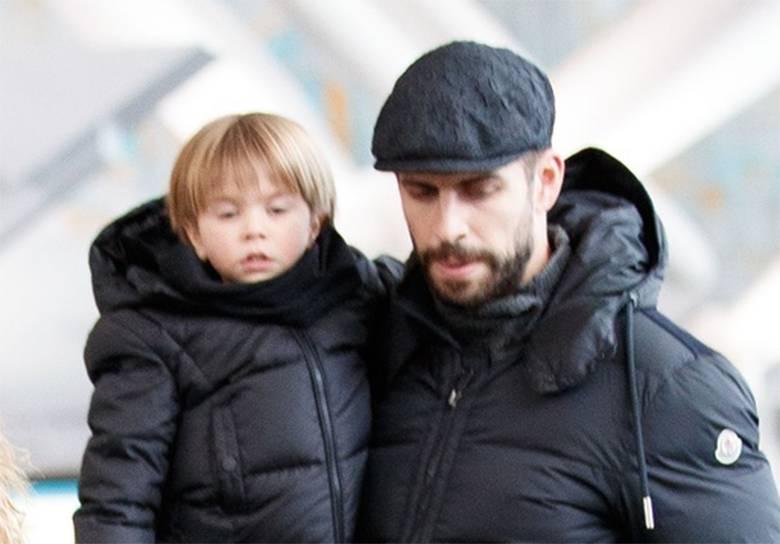 Zdjęcie (2) Shakira pokazała zdjęcie swoich ślicznych synów! Chłopcy są niewiarygodnie podobni do mamy!
