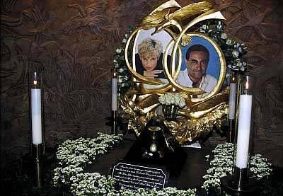 Zdjęcie (4) Brytyjczycy są wściekli! Po prawie 15 latach znika legendarny pomnik księżnej Diany! Kontrowersyjna decyzja rodziny królewskiej