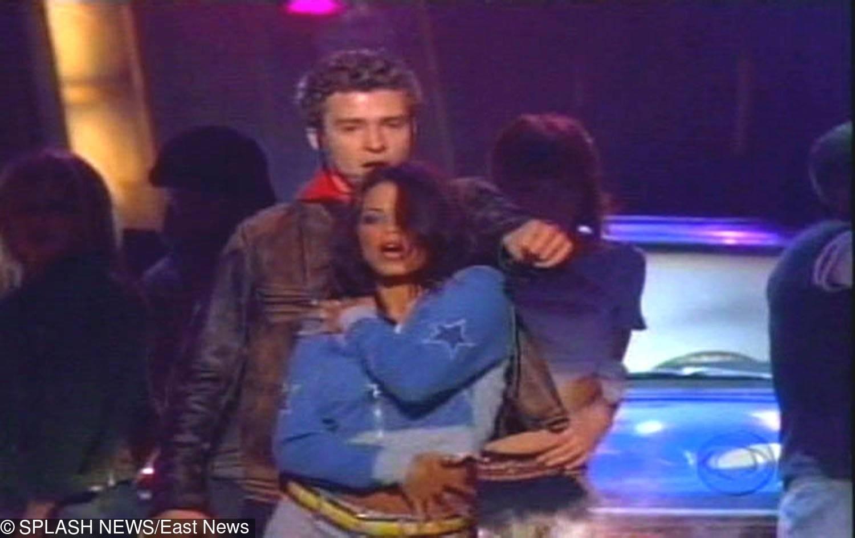 Justine Timberlake i Jenna Dewan-Tatum (2002)