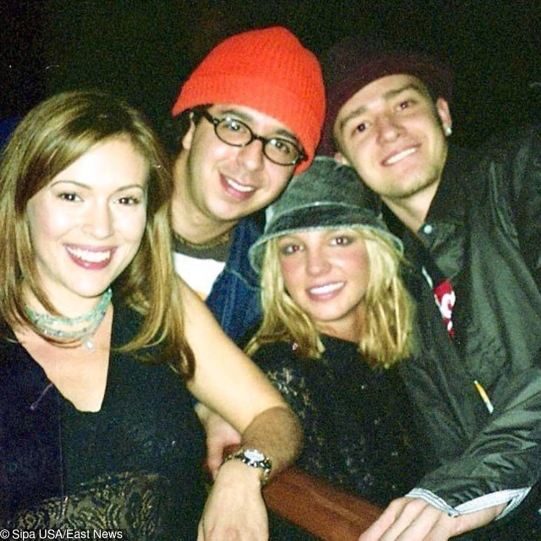 Justin Timberlake i Alyssa Milano (pierwsza z lewej)