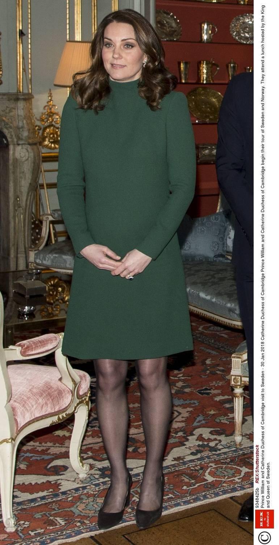 Księżna Kate w zielonej sukience Cat Walker w Szwecji