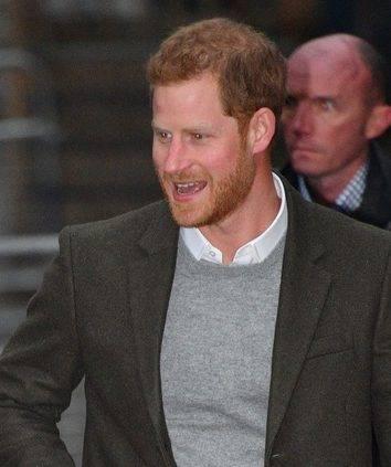 Zdjęcie (2) Książę Harry zaraz po ślubie z Meghan Markle ma zaplanowany poważny zabieg! Wszystko przez swoją ukochaną!
