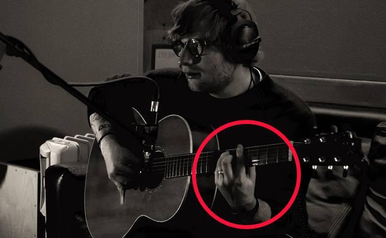 Ed Sheeran z obrączką