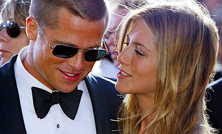 Brad Pitt i Jennifer Aniston piszą ze sobą SMS-y