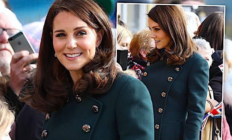 Księżna Kate w ciąży w zielonym płaszczu Dolce&Gabbana