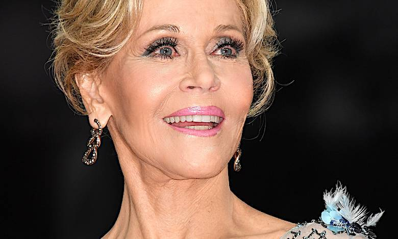 Jane Fonda w makijażu