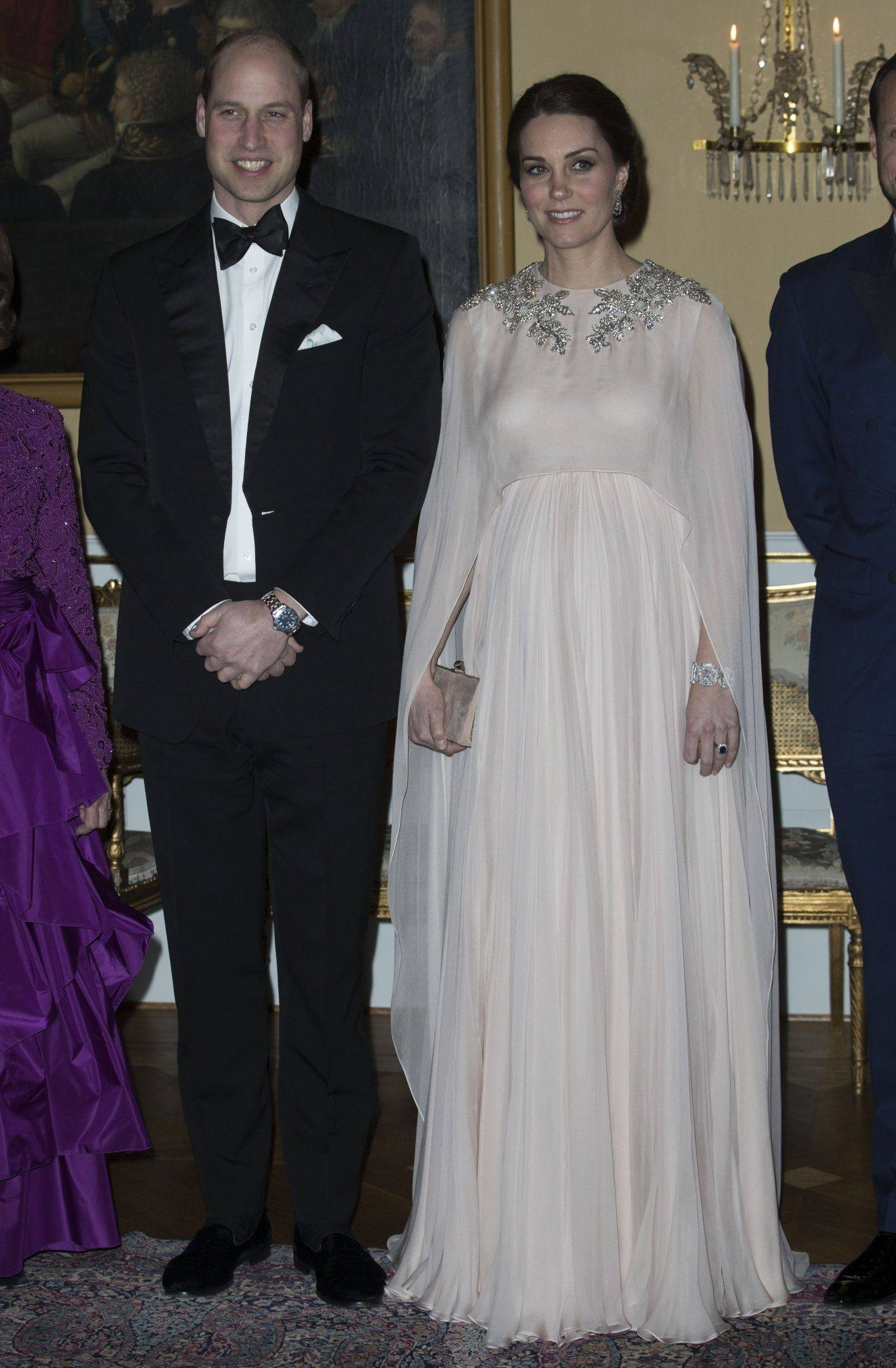 Księżna Kate w Oslo kreacja: Alexander McQueen