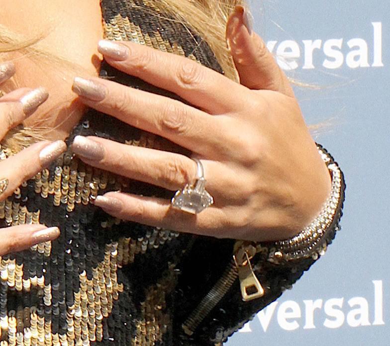 Mariah Carey – pierścionek zaręczynowy – 35-karatowy diament za 7,5 miliona dolarów