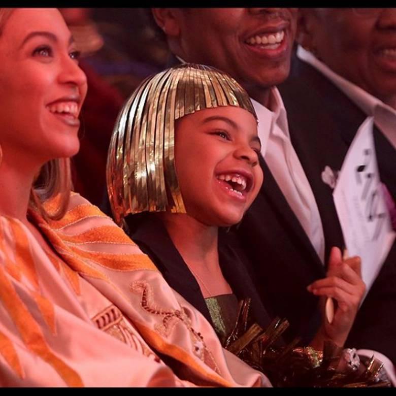 Beyonce z córką Blue Ivy w podobnych stylizacjach