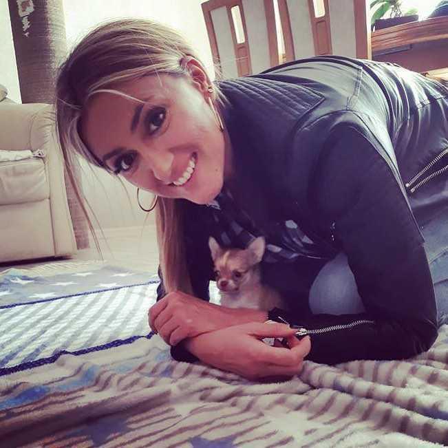 Karolina Szostak kupiła psa