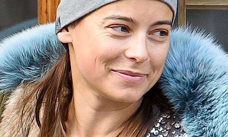 Anna Mucha w krótkich włosach