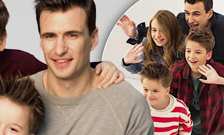 Jarosław Bieniuk z dziećmi, reklama Play