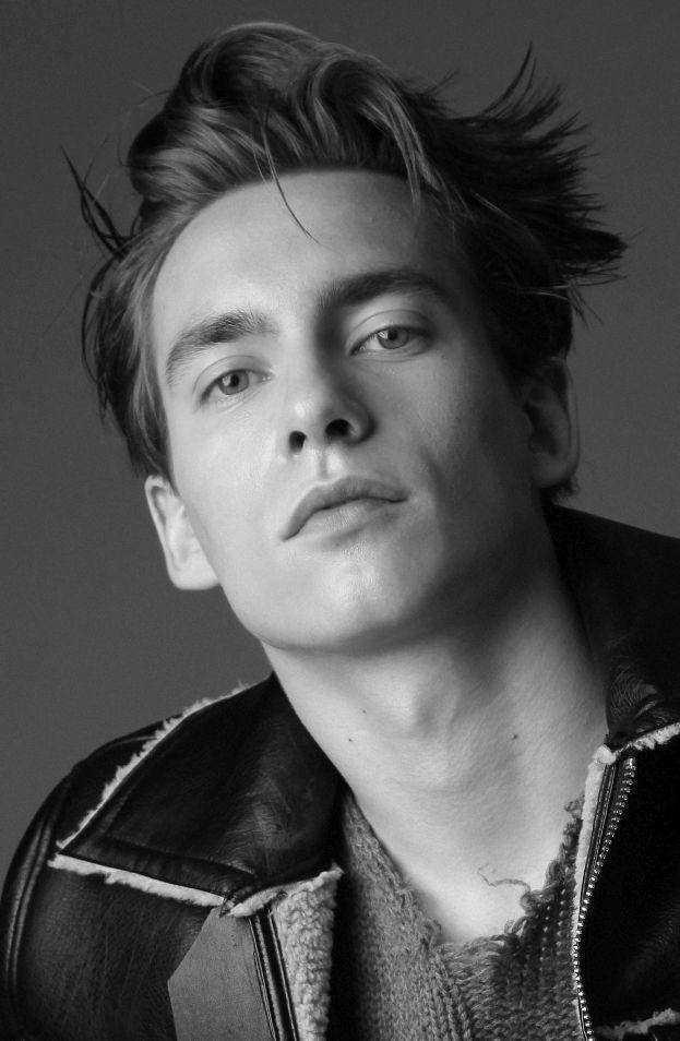 Syn Rafała Królikowskiego - Piotr został modelem