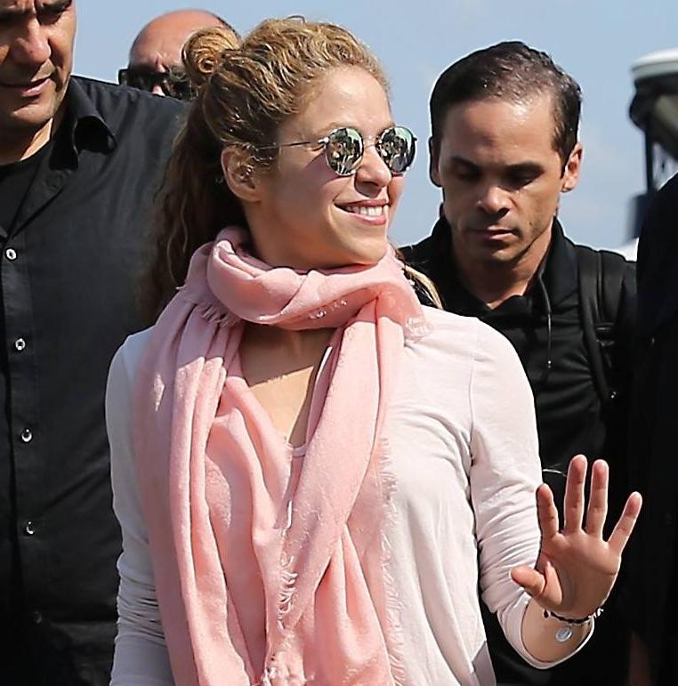 Zdjęcie (8) Shakira pożegnała Gerarda Piqué po ośmiu latach. Jej wpis rozkleił internautów