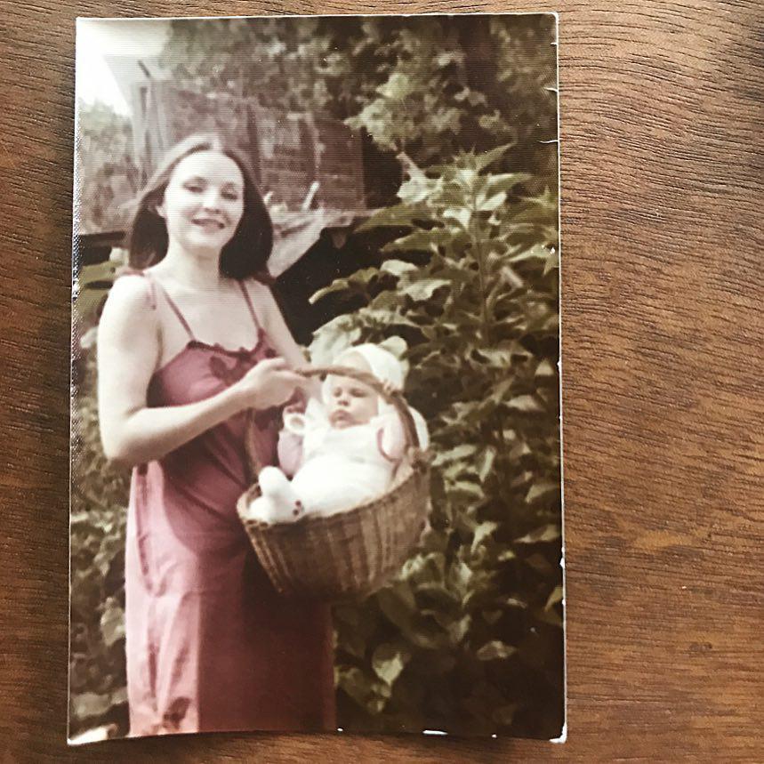Ola Kwaśniewska pokazała zdjęcie Jolanty Kwaśniewskiej z młodości