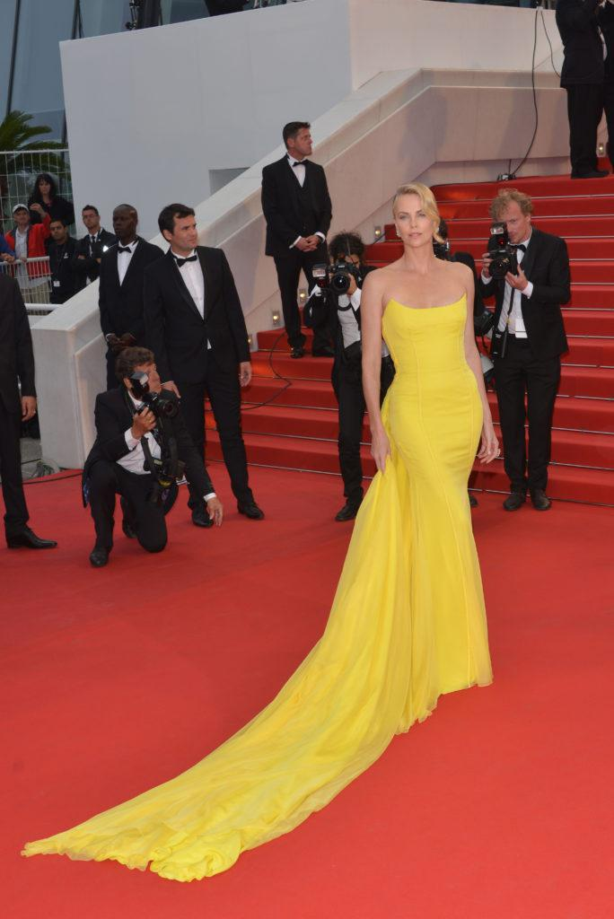 Charlize Theron w kreacjin Dior Couture – Cannes 2015