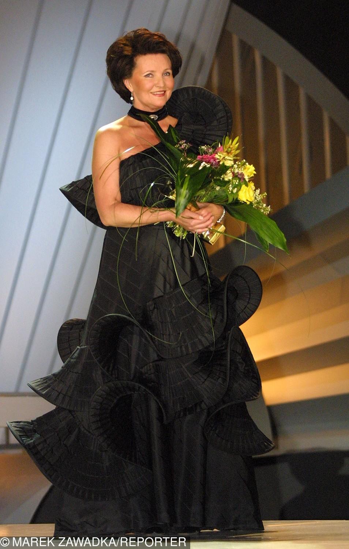 Jolanta Kwaśniewska podczas gali rozdania Wiktorów (2002)