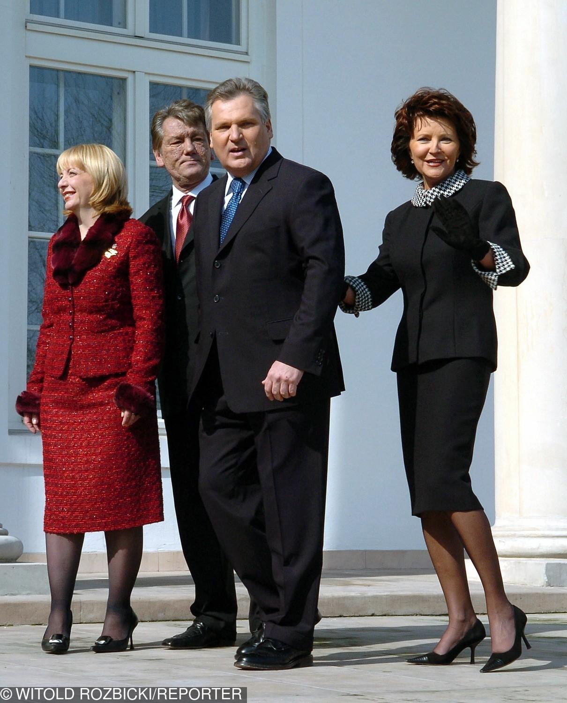 Aleksander Kwaśniewski wraz małżonką podczas spotkania z prezydentem Ukrainy, Wiktorem Juszczenką (2005)
