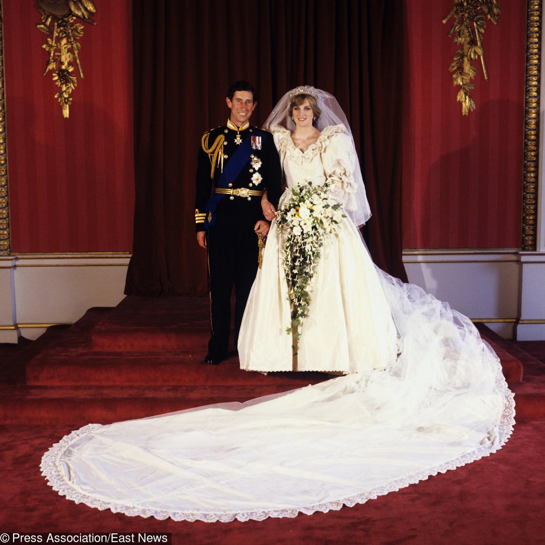 Księżna Diana i książę Karol w dniu ślubu