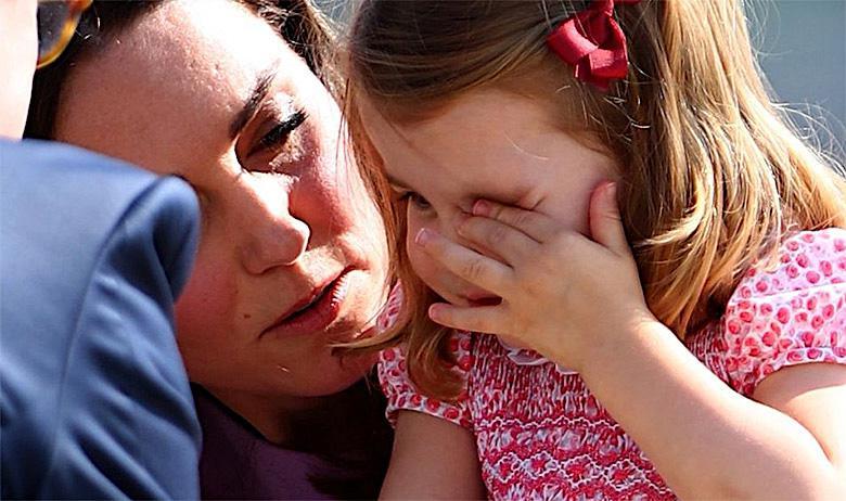 Księżniczka Charlotte płacze