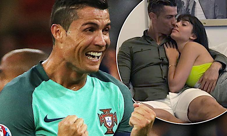 Dzieci Cristiano Ronaldo rosną jak na drożdżach! Bliźnięta mają już modne fryzury, ale to najmłodsza córka jest gwiazdą na rodzinnym zdjęcia