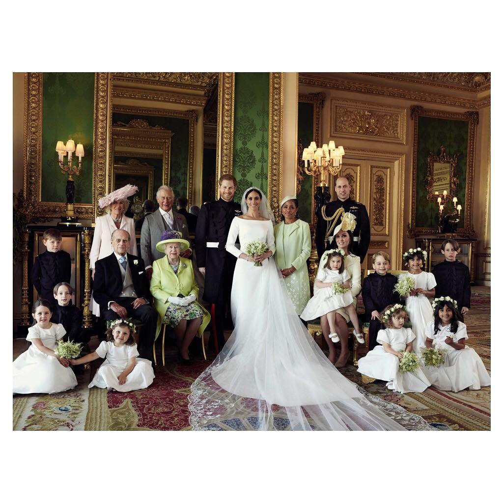 Meghan Markle i książę Harry - ślubna sesja z rodziną
