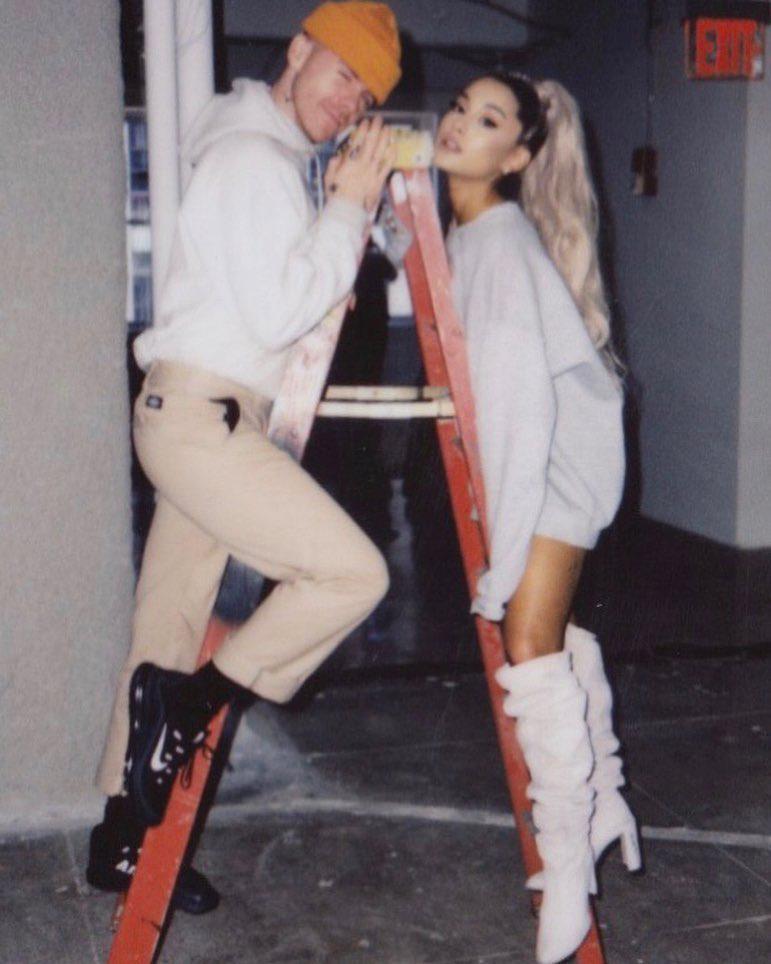 Ariana Grande zaręczona