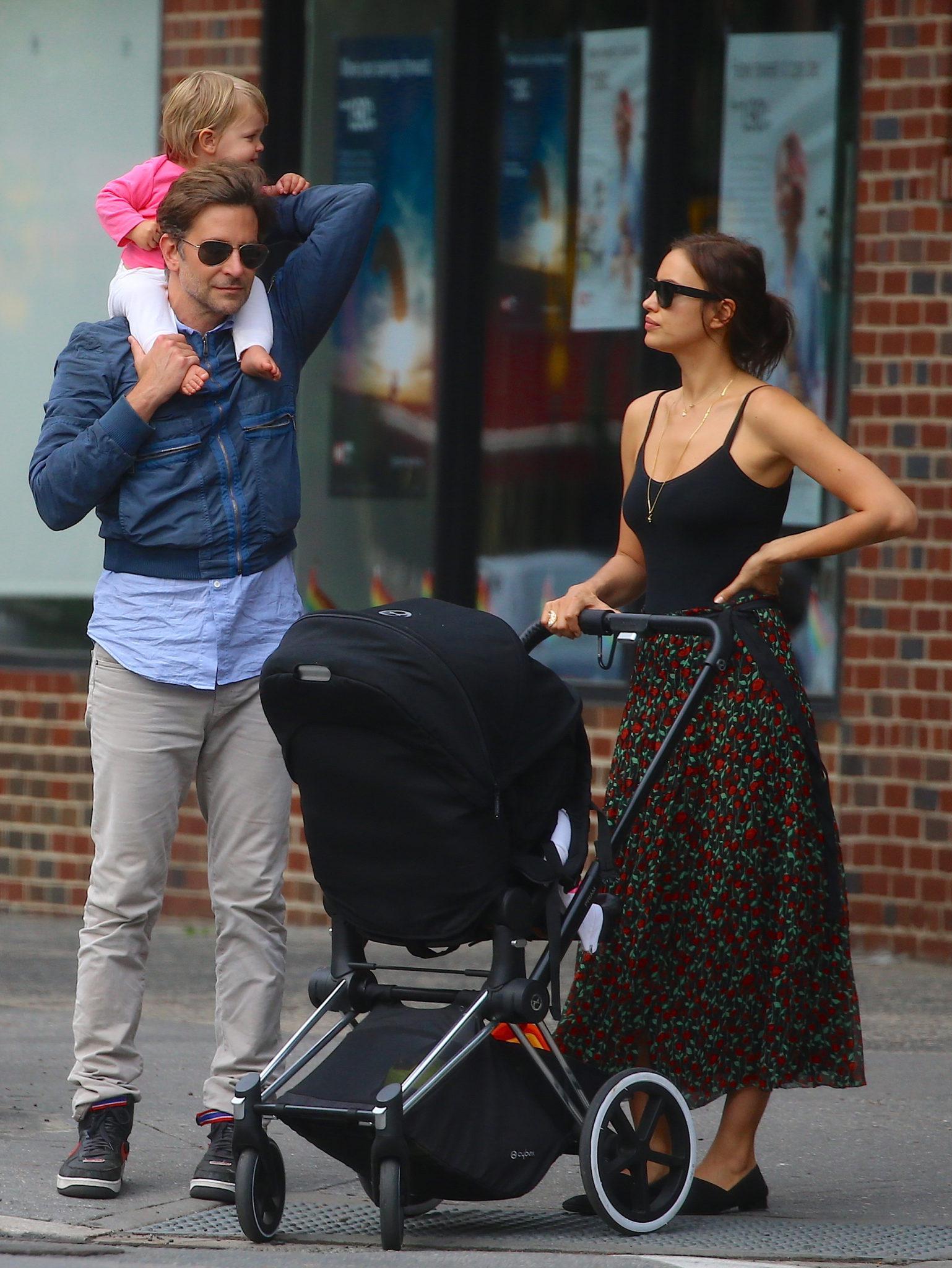 Bradley Cooper i Irina Shayk z córką Leą