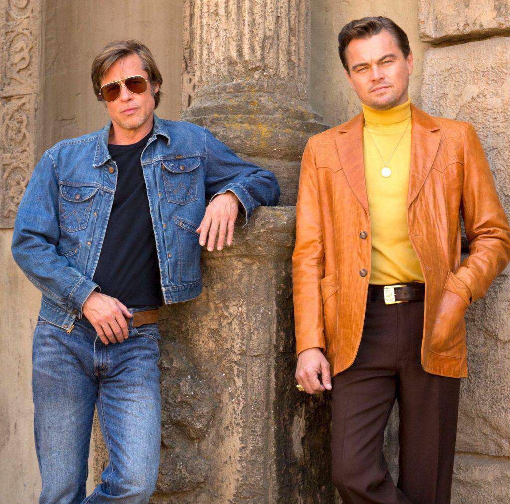 Brad Pitt i Leonardo DiCaprio na planie Once Upon a Time in Hollywood