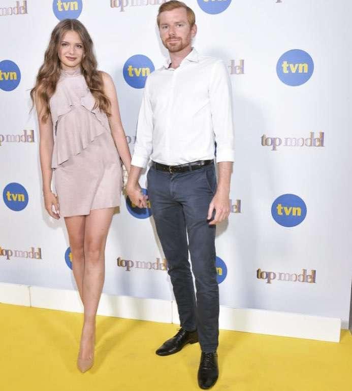 """Zdjęcie (8) Olga Kaczyńska zaręczyła się! Zwyciężczyni """"Top Model"""" pokazała pierścionek i romantyczne zdjęcia z partnerem"""