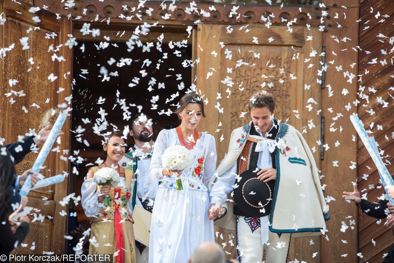 Zdjęcia ze ślubu Pauliny Krupińskiej i Sebastiana Karpiela-Bułecki