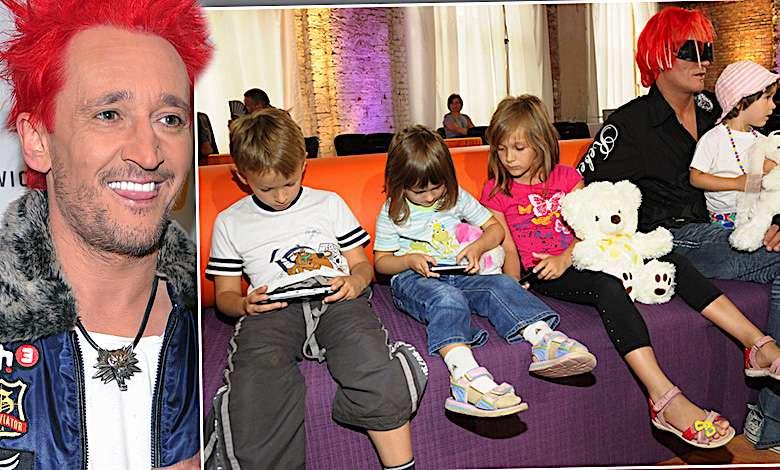 Córka Michała Wiśniewskiego wygląda jak jego klon! Porównajcie te dwa zdjęcia! Takie podobieństwo to rzadkość