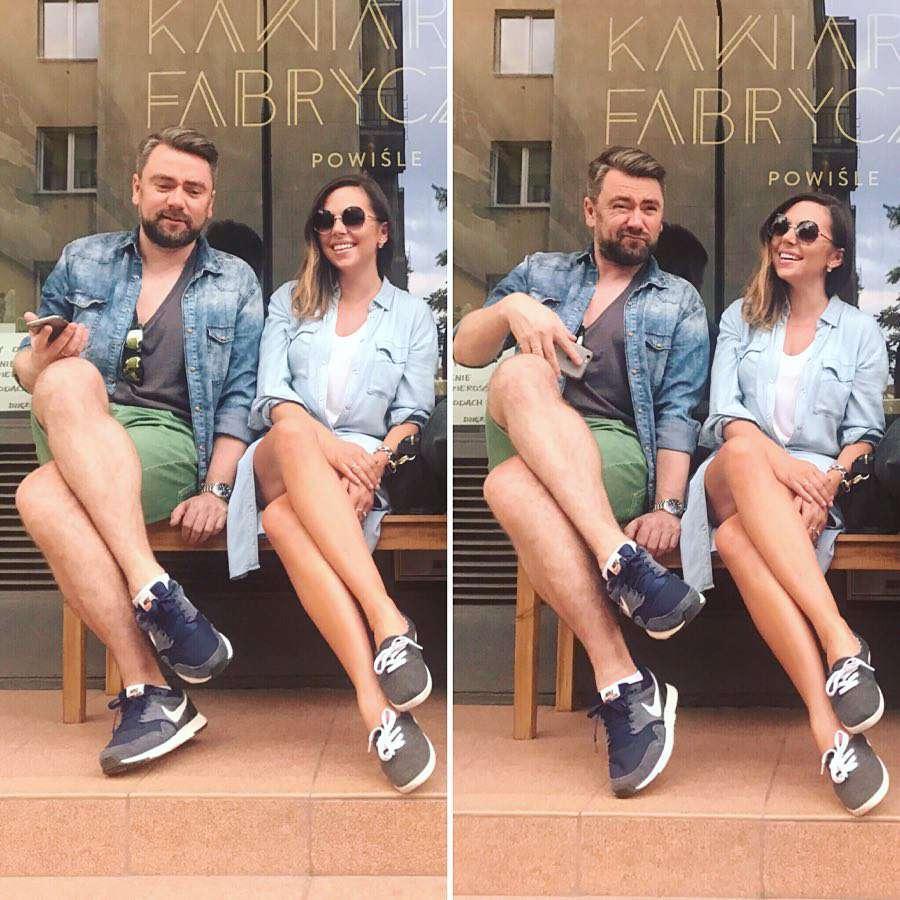 Aleksandra Kwaśniewska chwali się nogami swojego małżonka