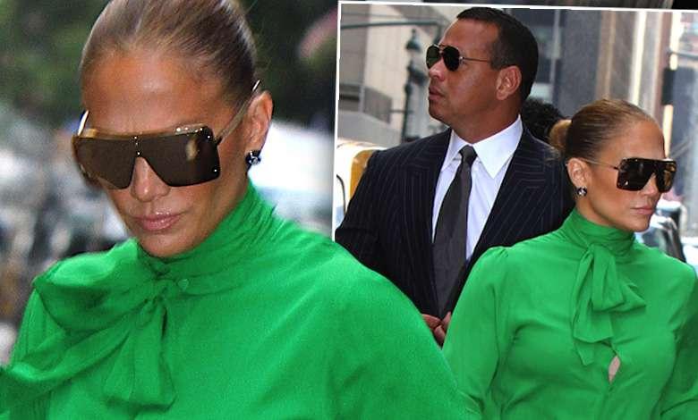 Jennifer Lopez paparazzi