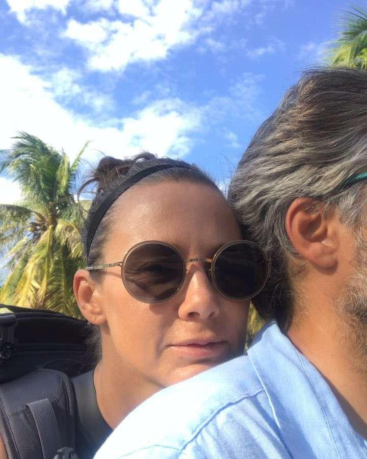 Zdjęcie (10) Kinga Rusin i Marek Kujawa wzięli sekretny ślub w Grecji?! Pan i Pani… nie uwierzycie jakim nazwiskiem podpisali swoje nowe romantyczne zdjęcie!!!