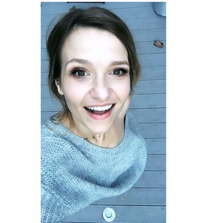 Joanna Koroniewska przefarbowała się na brąz