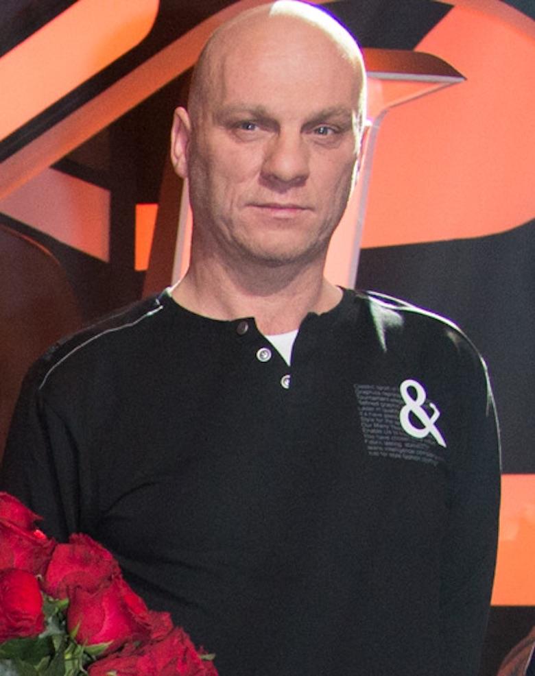 Artur Daniewski – basista Bajmu