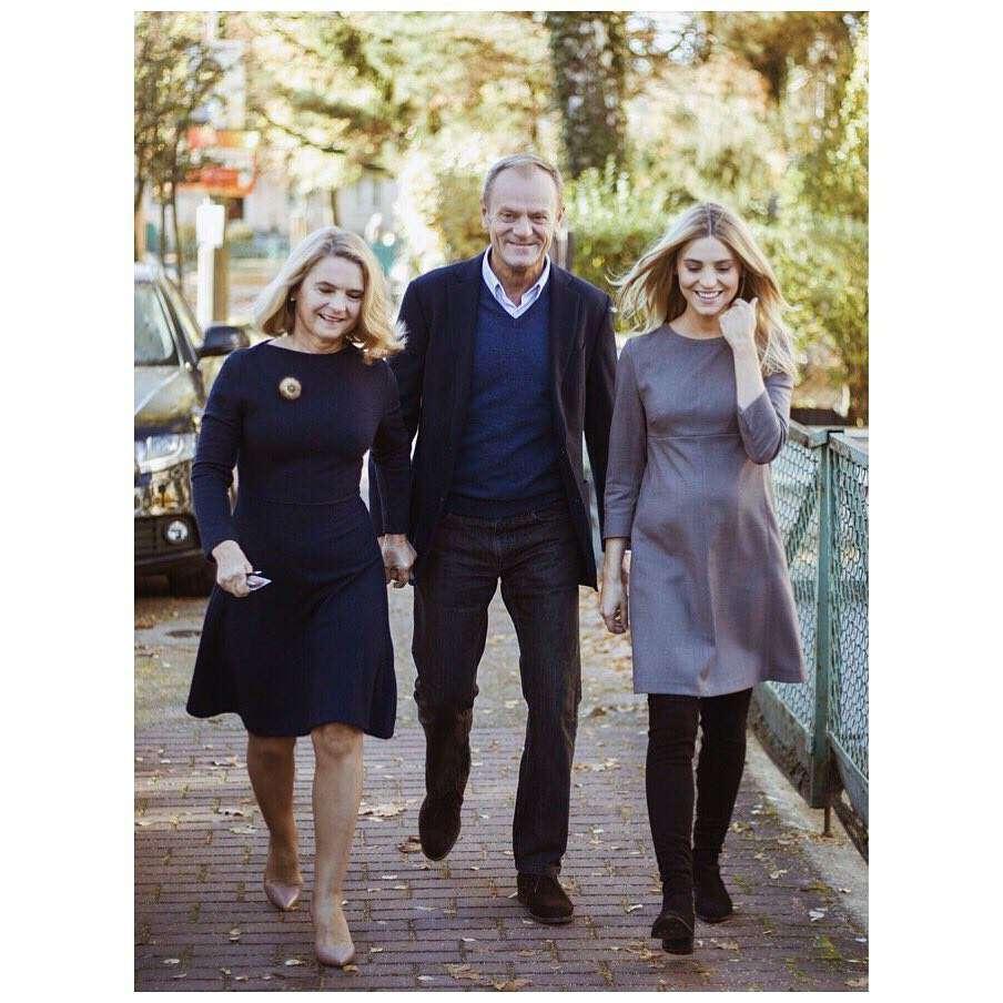 Kasia Tusk z rodzicami idą na wybory