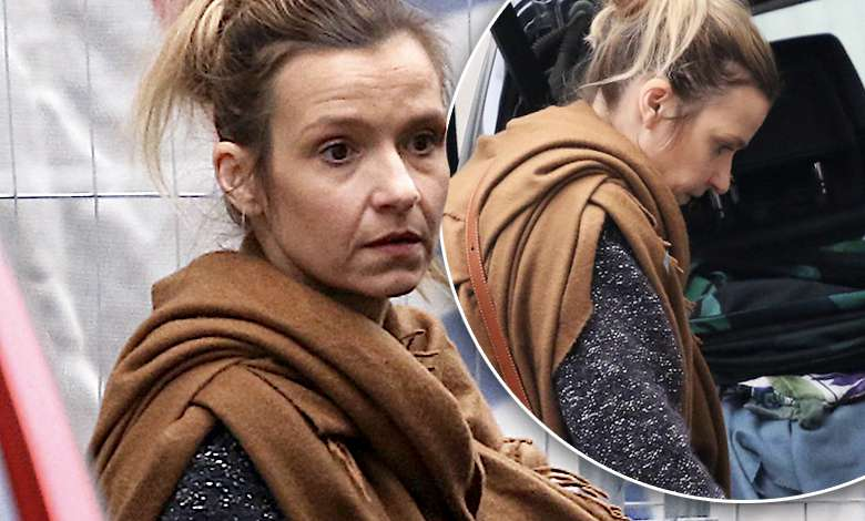 Joanna Koroniewska przyłapana bez makijażu na parkingu. Paparazzi zajrzeli jej nawet do bagażnika!