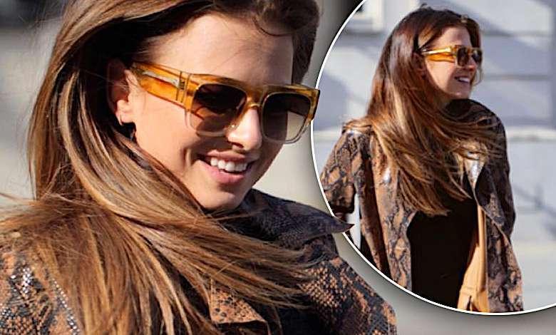 Anna Lewandowska upolowała prawdziwy hit jesieni! Jej płaszcz w wężowy wzorek to marzenie każdej stylowej kobiety