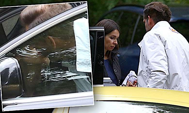 Marta Kaczyńska z mężem całują się w samochodzie