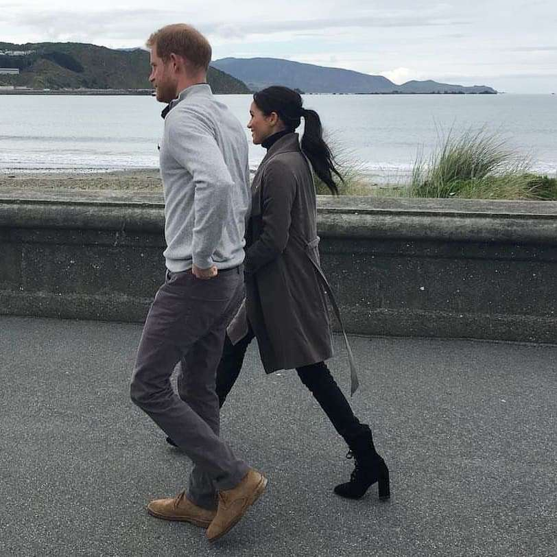 Meghan Markle i książę Harry wyskoczyli na kawę w codziennych ciuchach