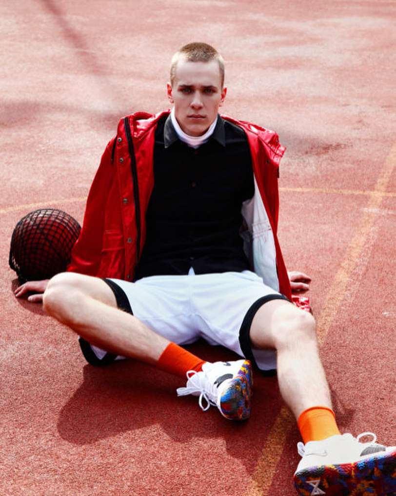 Mikołaj Krajewski jest modelem