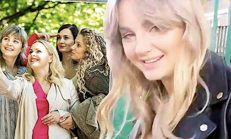 """Odmieniona Małgorzata Socha wróciła na plan """"Przyjaciółek"""" i wygląda lepiej niż kiedykolwiek! Dotarliśmy do pierwszych zdjęć!"""