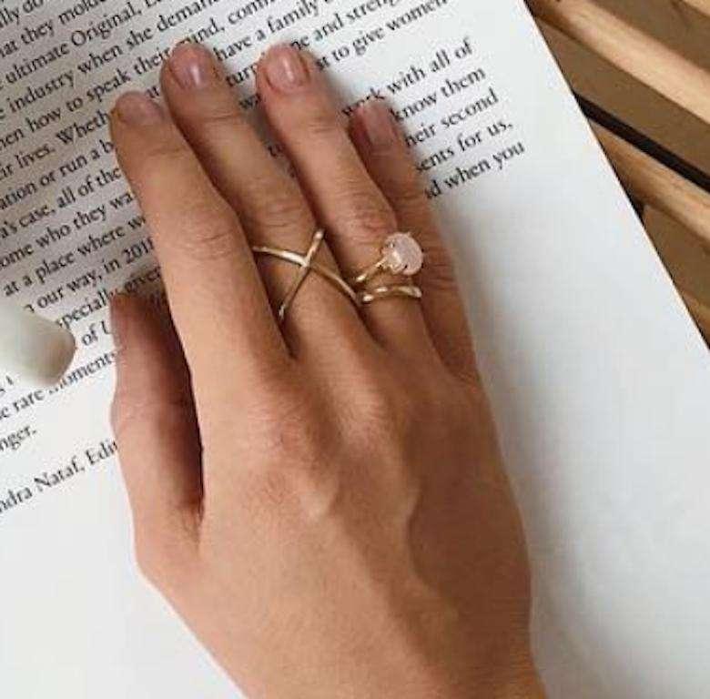 Pierścionek zaręczynowy i obrączka Kasi Tusk marki YES