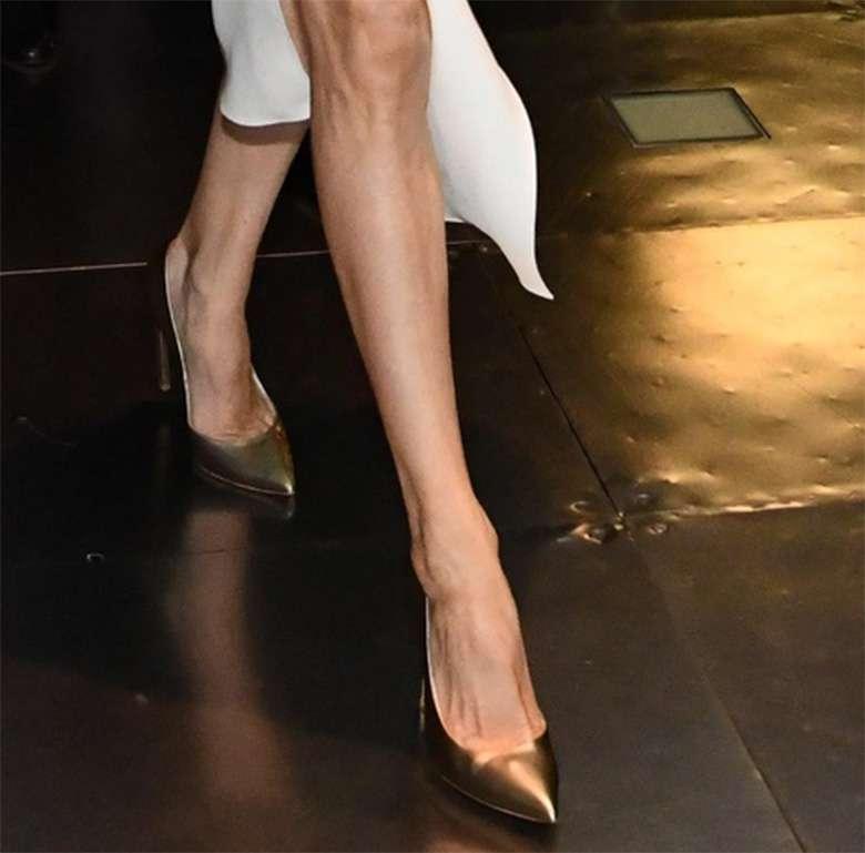Stylizacja Angeliny Jolie ze spotkania w Londynie