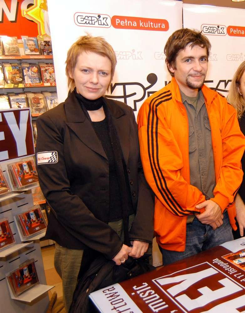 Katarzyna Nosowska i Paweł Krawczyk w 2003 roku