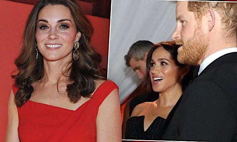 Do internetu wypłynęły zdjęcia z tajnej luksusowej kolacji rodziny królewskiej! Księżna Kate i Meghan Markle wyglądały OLŚNIEWAJĄCO!