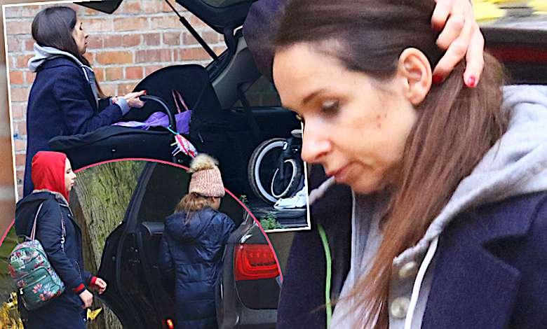 Marta Kaczyńska z dziećmi upycha walizki do samochodu. Po jej ciążowych krągłościach nie ma już ani śladu!