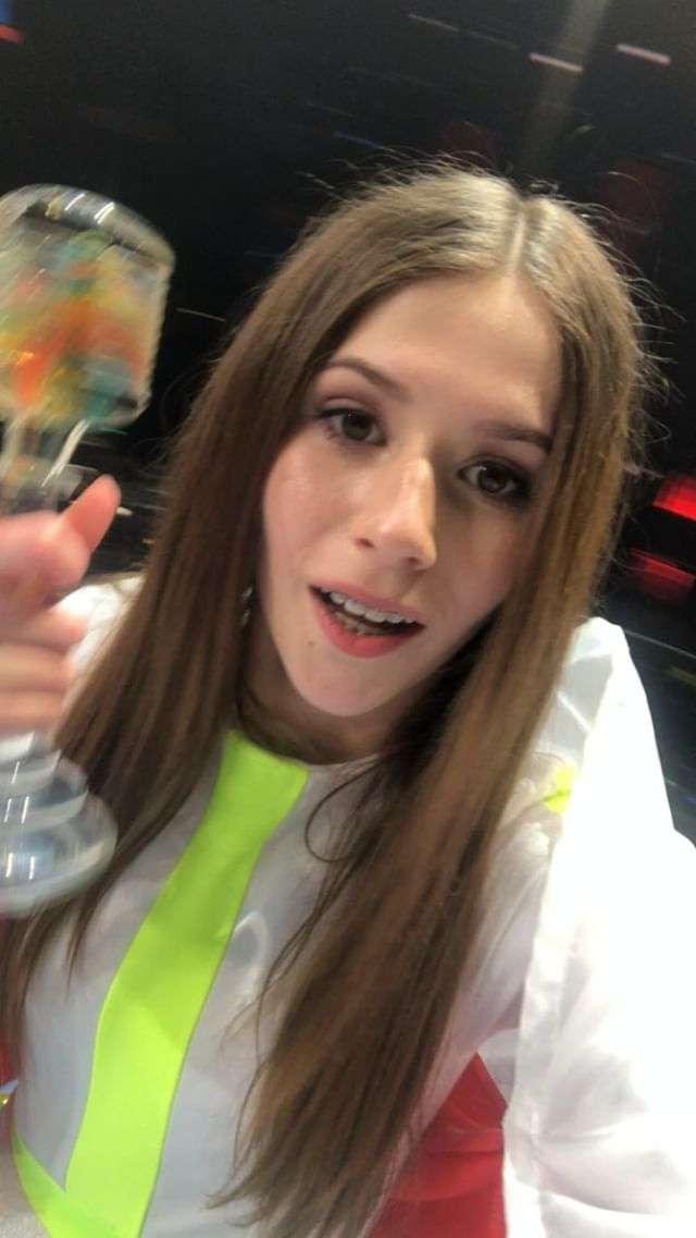 Tego nie pokazały kamery! Tak Roksana Węgiel świętowała wygraną na Eurowizji Junior 2018 za kulisami! [WIDEO] zdjecie 1